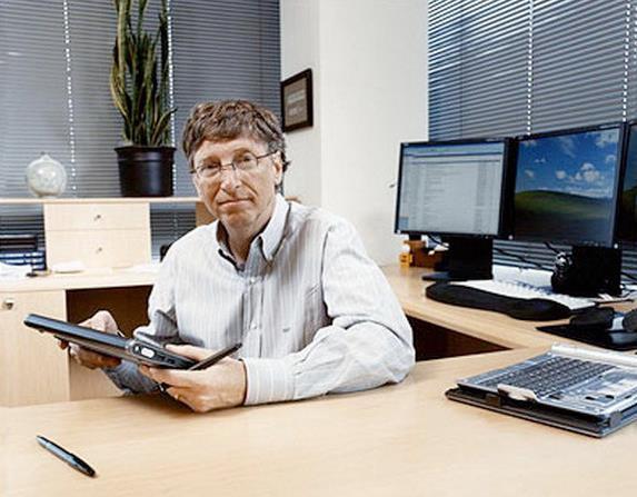 盖茨、马云、刘强东,IT富豪们的办公室什么样?