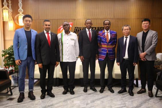 """""""全球国货之光""""节目开播了 张沫凡非洲五国大使直播带货"""