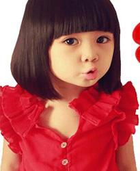 可爱女孩红色5行好评图片素材